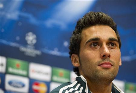 Real Madrid's Alvaro Arbeloa speaks during a news conference at the Amsterdam Arena stadium October 2, 2012. REUTERS/Robin van Lonkhuijsen/United Photos