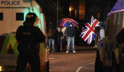 Northern Irish fighting rages on as rioters branded a...