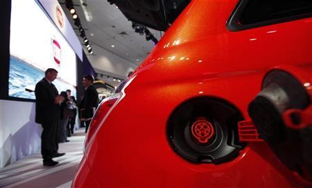 The electric receptacle on the Fiat 500e car is pictured at the 2012 Los Angeles Auto Show in Los Angeles, California November 28, 2012. REUTERS/Mario Anzuoni