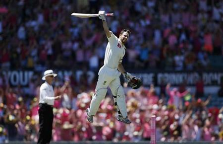 Australia's Matthew Wade celebrates reaching a century during the third day's play of the third cricket test match against Sri Lanka at the Sydney Cricket Ground January 5, 2013. REUTERS/Tim Wimborne