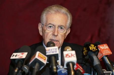 Italy's outgoing Prime Minister Mario Monti speaks during a news conference in Rome January 4, 2013. REUTERS/Max Rossi (ITALY - Tags: POLITICS HEADSHOT)