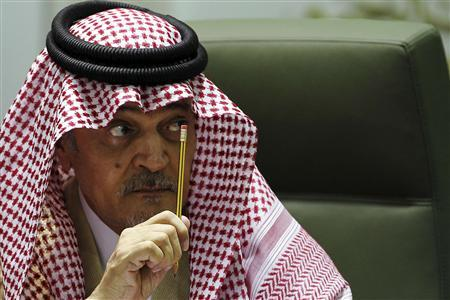 Saudi Foreign Minister Prince Saud Al-Faisal gestures during a joint news conference with his Egyptian counterpart Mohamed Kamel Amr (not pictured) in Riyadh January 5, 2013. REUTERS/Stringer
