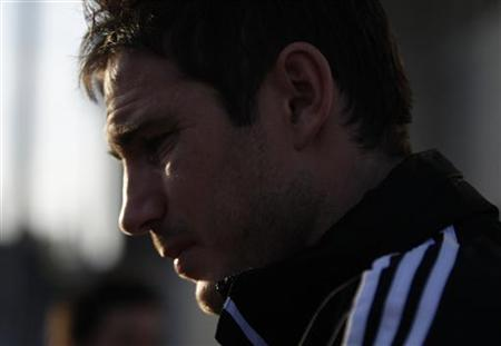Frank Lampard of Britain's Chelsea arrives for a training session for the Club World Cup soccer tournament in Yokohama, south of Tokyo December 14, 2012. REUTERS/Yuya Shino/Files