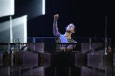 Scottish DJ Calvin Harris performs during the second day of the 2012 iHeartRadio Music Festival at the MGM Grand Garden Arena in Las Vegas, Nevada September 22, 2012. REUTERS/Steve Marcus