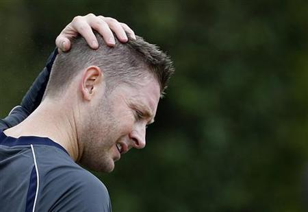 Australia's test cricket captain Michael Clarke reacts during a practice session in the nets at the Sydney Cricket Ground January 2, 2013. REUTERS/Tim Wimborne