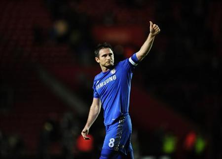 Chelsea's Frank Lampard applauds the Chelsea fans after their FA Cup soccer match against Southampton at St Mary's Stadium in Southampton, southern England January 5, 2013. REUTERS/Kieran Doherty
