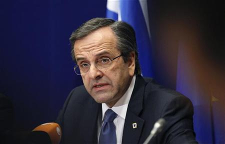 Greece's Prime Minister Antonis Samaras holds a news conference at the end of a European Union leaders summit, in Brussels December 14, 2012. REUTERS/Sebastien Pirlet