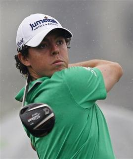 Rory McIlroy of Northern Ireland tees off on the first hole during the BMW Masters 2012 golf tournament at Lake Malaren Golf Club in Shanghai October 25, 2012. REUTERS/Carlos Barria