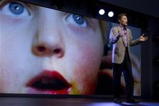 Kazuo Hirai, presidente da Sony Corporation, fala durante coletiva de imprensa em Las Vegas. A Sony está estudando a possibilidade de vender a divisão de baterias, mas ainda não chegou a uma decisão, afirmou o presidente-executivo Kazuo Hirai na segunda-feira; a empresa deseja abrir mão de ativos não essenciais e reanimar as operações de bens eletrônicos de consumo. 07/01/2013 REUTERS/Steve Marcus