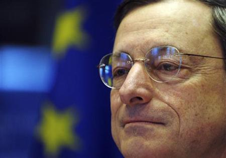 European Central Bank (ECB) President Mario Draghi addresses a news conference at the European parliament in Brussels December 17, 2012. REUTERS/Laurent Dubrule/Files