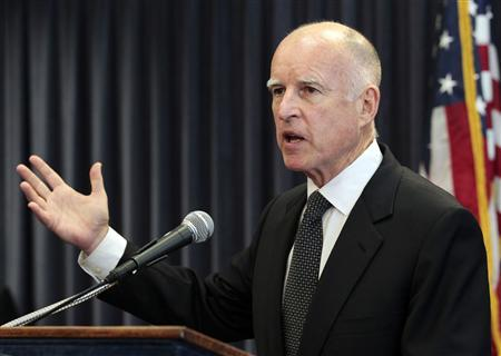 California Governor Jerry Brown speaks at a news conference in Los Angeles, California in this file photo taken August 28, 2012. California's economy is on the mend, but Governor Brown is expected to take a cautious approach to spending when he unveils his state budget plan on Thursday. REUTERS/Mario Anzuoni/Files
