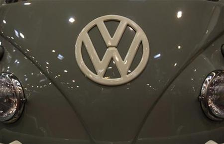 The emblem of a Volkswagen VW bus is pictured during a press presentation prior to the Essen Motor Show in Essen November 30, 2012. About 600 exhibitors will present their latest developments at the Essen trade fair from December 1 until December 9, 2012. REUTERS/Ina Fassbender (GERMANY - Tags: TRANSPORT SOCIETY)