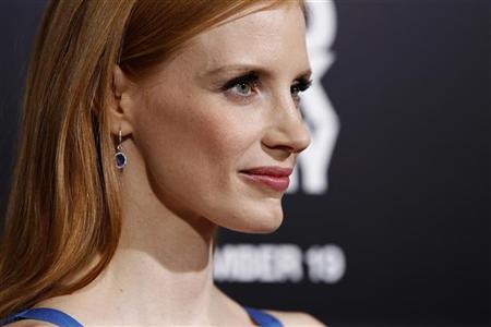 Cast member Jessica Chastain poses at the premiere of ''Zero Dark Thirty'' at the Dolby theatre in Hollywood, California December 10, 2012. REUTERS/Mario Anzuoni