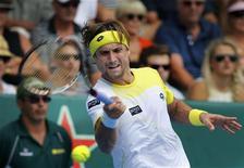 L'Espagnol David Ferrer, cinquième joueur mondial, a remporté samedi le tournoi de tennis ATP d'Auckland aux dépens de l'Allemand Philipp Kohlschreiber en deux manches 7-6 (7-5) 6-1. /Photo prise le 12 janvier 2013/REUTERS/Nigel Marple