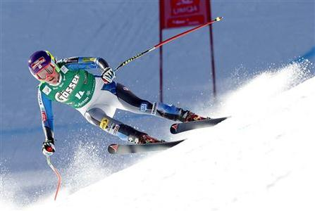 Alice McKennis from the U.S. speeds down the slope during the Alpine Skiing World Cup women's downhill ski race in St. Anton, January 12, 2013. REUTERS/ Dominic Ebenbichler