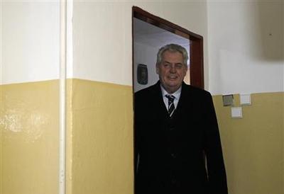 Former PM Zeman wins first round of Czech presidential...