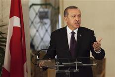 Turkey's Prime Minister Tayyip Erdogan speaks to the media during a meeting with Senegal's President Macky Sall at the presidential palace in Dakar January 10, 2013. REUTERS/Joe Penney (SENEGAL - Tags: POLITICS)