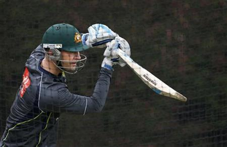 Australia's test cricket captain Michael Clarke bats in the nets during a practice session at the Sydney Cricket Ground January 2, 2013. REUTERS/Tim Wimborne