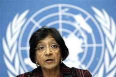 Navi Pillay pediu uma investigação internacional sobre violações de direitos humanos na Coreia do Norte. 18/10/2012 REUTERS/Denis Balibouse