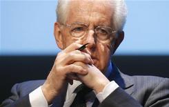 Il premier uscente Mario Monti. REUTERS/Stefano Rellandini