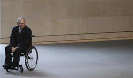 German Finance Minister Wolfgang Schaeuble arrives for a session of the German lower house of parliament Bundestag in Berlin December 14, 2012. On Friday German Bundestag votes on sending Patriot missiles to the Turkish/Syrian border. REUTERS/Tobias Schwarz (GERMANY - Tags: POLITICS BUSINESS)