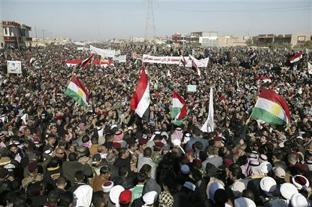 Iraqi Sunni protesters take part in a demonstration in the central city of Samarra January 11, 2013. REUTERS/Bakr al-Azzawi