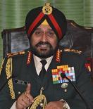 Chefe do Exército indiano, general Bikram Singh, fala durante coletiva de imprensa, em Nova Délhi. 14/01/2013 REUTERS/Stringer