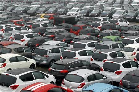 New Opel cars are pictured at the Opel plant in Bochum February16 , 2012. REUTERS/Ina Fassbender (GERMANY - Tags: TRANSPORT BUSINESS EMPLOYMENT)