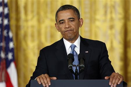 U.S. President Barack Obama pauses during remarks at a news conference at the White House in Washington, January 14, 2013. REUTERS/Jonathan Ernst
