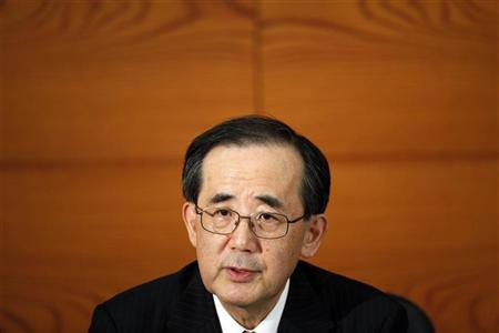 Bank of Japan Governor Masaaki Shirakawa speaks during a news conference in Tokyo December 20, 2012. REUTERS/Yuya Shino