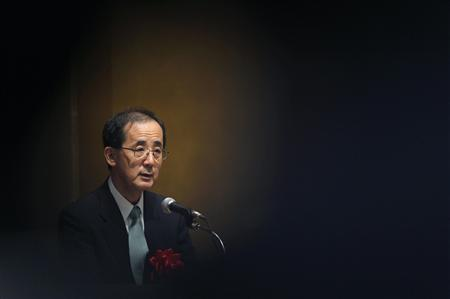 Bank of Japan Governor Masaaki Shirakawa delivers a speech during an annual meeting of Japanese credit unions in Tokyo October 19, 2012. REUTERS/Yuriko Nakao