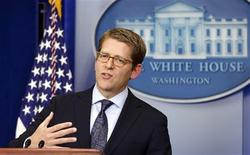 White House Press Secretary Jay Carney speaks during the news conference at the White House in Washington January 15, 2013. Carney announced that President Barack Obama will unveil a series of measures to counter gun violence during a White House event on Wednesday. REUTERS/Kevin Lamarque (UNITED STATES - Tags: POLITICS CRIME LAW)