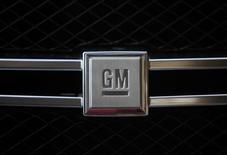General Motors anticipe une hausse modeste de son bénéfice d'exploitation en 2013 avec une amélioration dans chacune de ses régions à la faveur de la sortie de nouveaux modèles et d'une demande plus étoffée aux Etats-Unis et en Chine. /Photo d'archives/REUTERS/Pawel Kopczynski