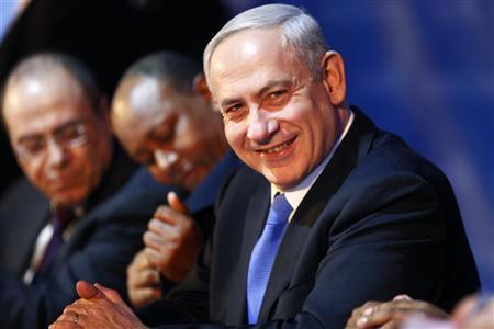 Israel's Prime Minister Benjamin Netanyahu takes part in a campaign conference for the coming general elections in Tel Aviv January 14, 2013. . REUTERS/Nir Elias