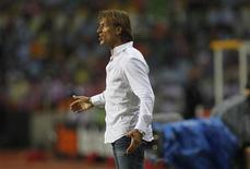 Pour l'entraîneur français de la Zambie, Hervé Renard, son équipe, vainqueur surprise de la CAN 2012, est encore mieux préparée que l'an dernier. /Photo d'archives/REUTERS/Louafi Larbi