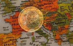 Italia,Passera:saldo bilancia commerciale 2012 intorno a 10 milardi. REUTERS/Kai Pfaffenbach
