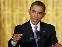 El presidente de Estados Unidos, Barack Obama, durante una conferencia de prensa en la Casa Blanca en Washington, ene 14 2013. El presidente de Estados Unidos, Barack Obama, propondrá el miércoles una nueva prohibición sobre armas de asalto y revisiones de antecedentes más estrictas para compradores de armas, en un paquete de propuestas para reducir la violencia armada tras la matanza de 20 niños y seis adultos en una escuela de Connecticut el mes pasado. REUTERS/Jonathan Ernst