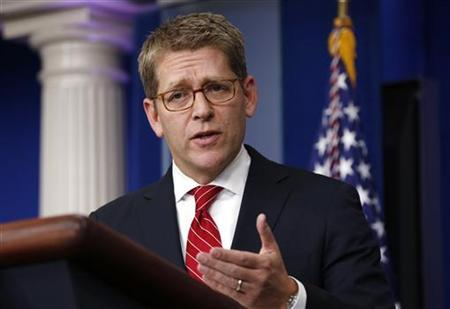 White House Press Secretary Jay Carney speaks during a media briefing at the White House in Washington December 18, 2012. REUTERS/Kevin Lamarque