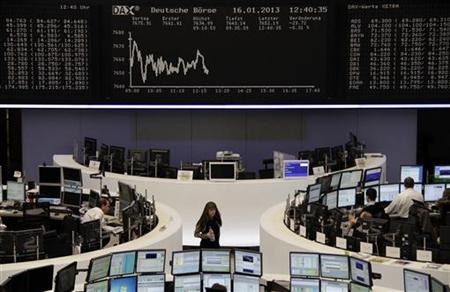 The DAX board is pictured at the Frankfurt stock exchange January 16, 2013. REUTERS/Remote/Amanda Andersen (GERMANY - Tags: BUSINESS)