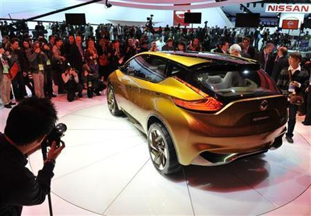 Rear corner view of the Nissan Resonance concept as it is displayed at the North American International Auto Show in Detroit, Michigan January 15, 2013. REUTERS/James Fassinger
