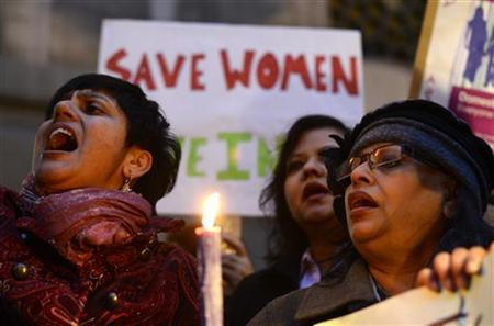 Women protest outside the Indian High Commission, London January 7, 2013. REUTERS/Paul Hackett