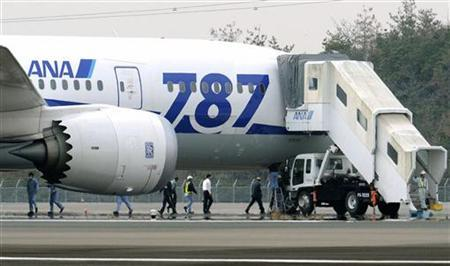 An All Nippon Airways (ANA) Boeing 787 Dreamliner is seen after making an emergency landing at Takamatsu airport in western Japan January 16, 2013, in this photo taken by Kyodo. REUTERS/Kyodo REUTERS, AS A SERVICE TO CLIENTS