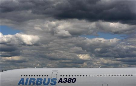 Airbus wins 914 orders in 2012, lags Boeing