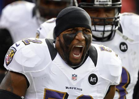 Baltimore Ravens inside linebacker Ray Lewis yells during a break in play against the Denver Broncos during the first quarter in their NFL AFC Divisional playoff football game in Denver, Colorado January 12, 2013. REUTERS/Jeff Haynes