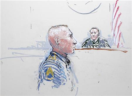 Army Staff Sergeant Robert Bales (L) and Judge Col. Jeffery R. Nance is seen in a courtroom sketch as he is arraigned on 16 counts of premeditated murder, six counts of attempted murder and seven of assault at Joint Base Lewis-McChord, Washington January 17, 2013. REUTERS/Peter Millett