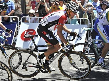 Lance Armstrong of the U.S. competes during the 2011 Tour Down Under in Adelaide January 23, 2011. REUTERS/Graham Watson