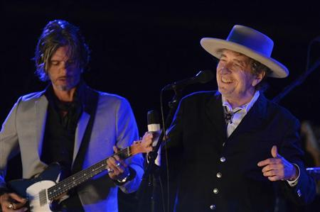 Bob Dylan considering Dylan Thomas centenary show in Wales