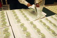 Nel 2012, nonostante un calo della crescita del 2,1%, l'Italia ha riportato il suo disavanzo attorno al 3% del Pil dal 3,9% dell'anno precedente, rende noto la Banca d'Italia. REUTERS/Enrique Castro-Mendivil