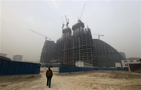China's economy posts slowest growth since 1999