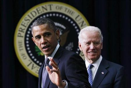 U.S. President Barack Obama (L) unveils a series of proposals to counter gun violence as Vice President Joe Biden looks on during an event at the White House in Washington, January 16, 2013. REUTERS/Jason Reed